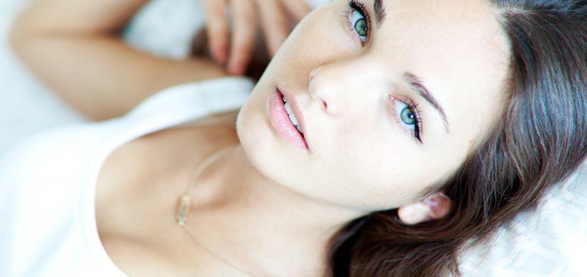 Atooppisen ihon hoito sekä kauneushoitolassa että kotona